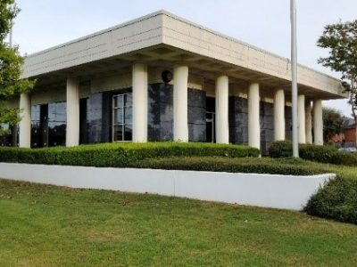 Former Alabama Bank Branches Go to Auction; Sells Regardless of Price