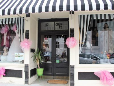 Wetumpka Boutique Uses Profits To Help Breast Cancer Patients