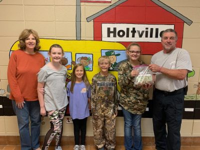Holtville Students Organize 'Fill The Boot' Campaign for Holtville/Slapout Fire Dept raising $255