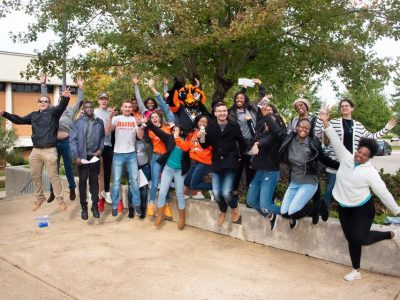 More than 120 Autauga County Technology Center Students Tour Campus, Network at AUM