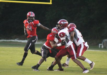 Opelika Edges Stanhope Elmore High Mustangs 20-17 in Season Opener