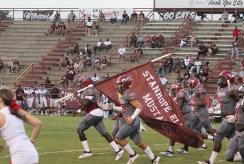 Killingsworth Throws for 4 Touchdowns as Mustangs Trounce Benjamin Russell