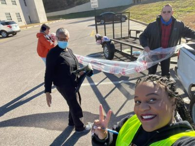 Commissioner Lewis, Volunteers Unite for a Common Good: Picking up Trash on Roadways
