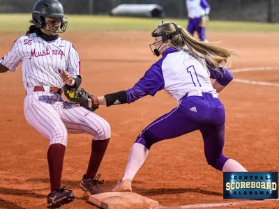 SEHS Mustang Ladies Win Over Tigers 11-10 Monday in Softball Action